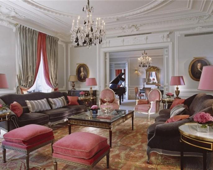 雅典娜广场酒店 皇家套房每晚17494美元
