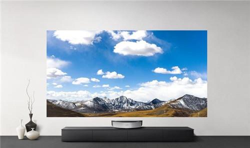 这台投影仪新品,或将取代酒店里的电视