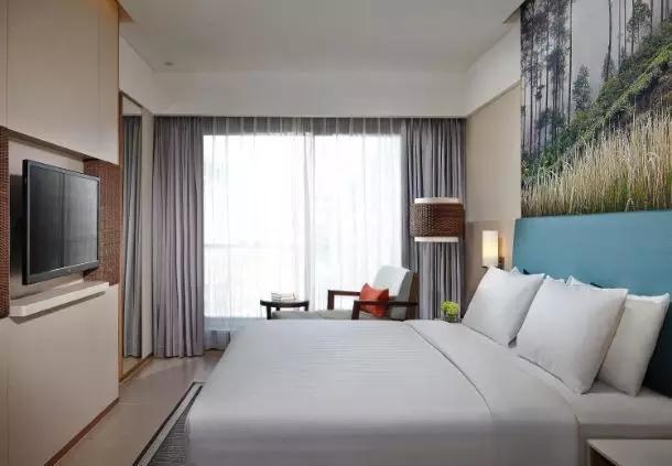 巴厘岛水明漾万怡度假酒店