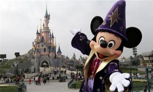 华特回购欧洲迪士尼 亏八亿也要含泪接盘