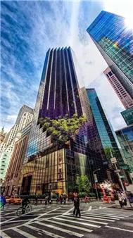 纽约的川普大楼(Trump Tower)位于曼哈顿第五大道上,这栋58层又高又大又闪亮的建筑于1983年完工。被称为是华尔街王冠宝石大楼。楼层越高,建筑立面越窄,塔顶是修成了尖尖的海蓝色。