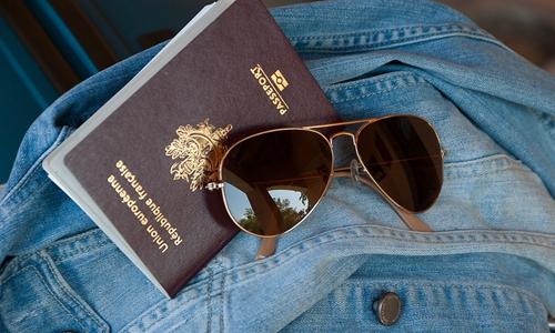 游客护照余期不足 神舟国旅被判退还2.4万元